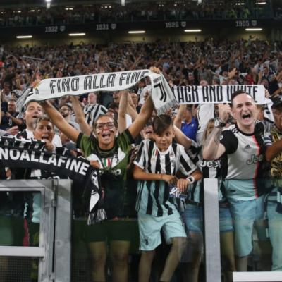 Juventus FC Supporters Customer Tile Cloud M